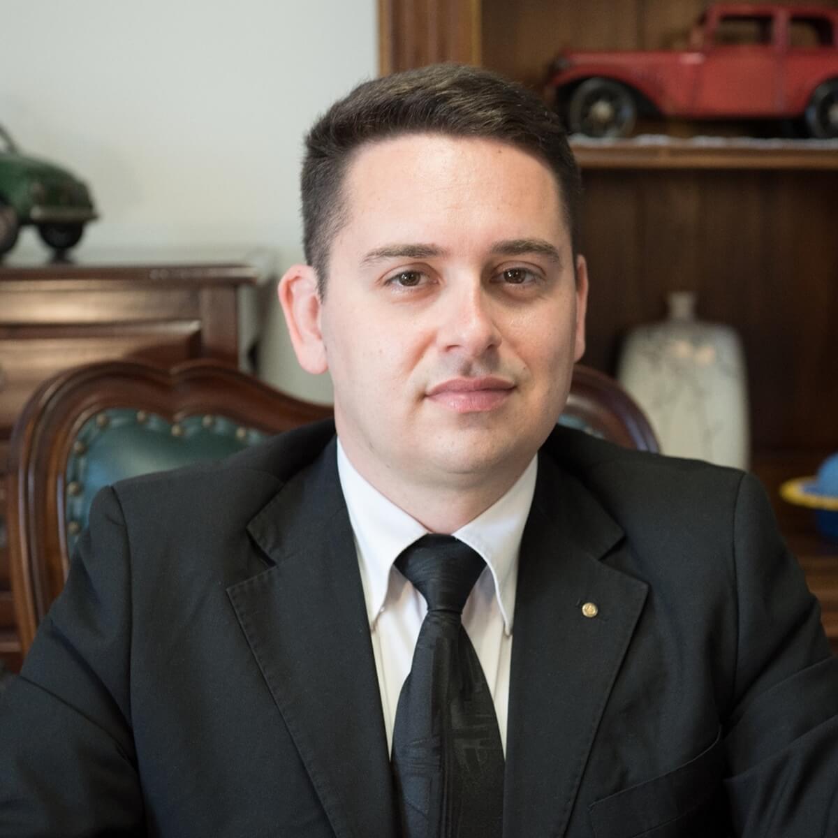 Simone Caddeo